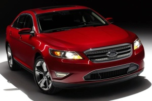 2010-ford-taurus-sho-front-angle-picture
